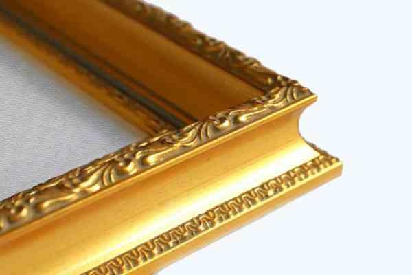 klassischer Bilderrahmen Echtholz gold rot durchtrieben