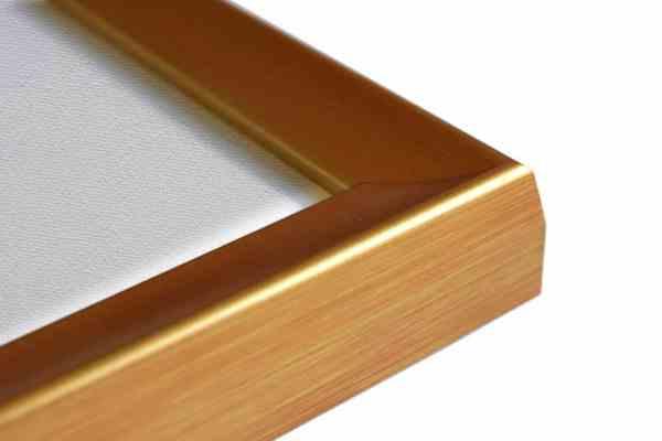 Stilvoller Holzbilderrahmen rot gold